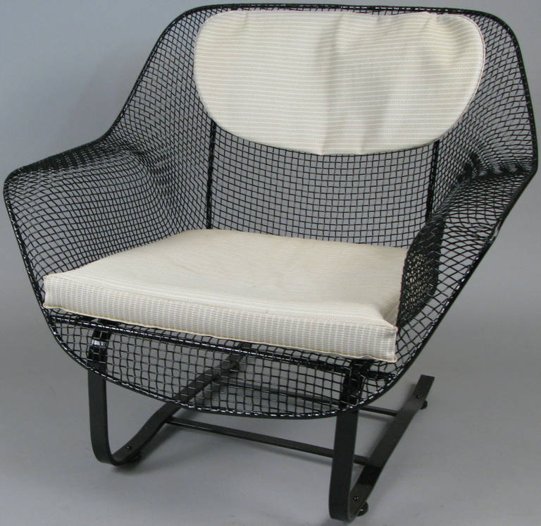 Mid-Century Modern Pair of Classic Sculptura Garden Lounge Chairs by Russell Woodard For Sale