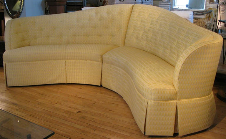 Curved & Button Tufted Sectional Sofa 3