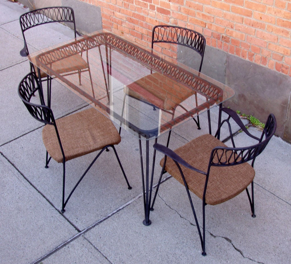 Vintage Iron Dining Table and set of Six Chairs by  : 879112916108057 from www.1stdibs.com size 1023 x 926 jpeg 191kB
