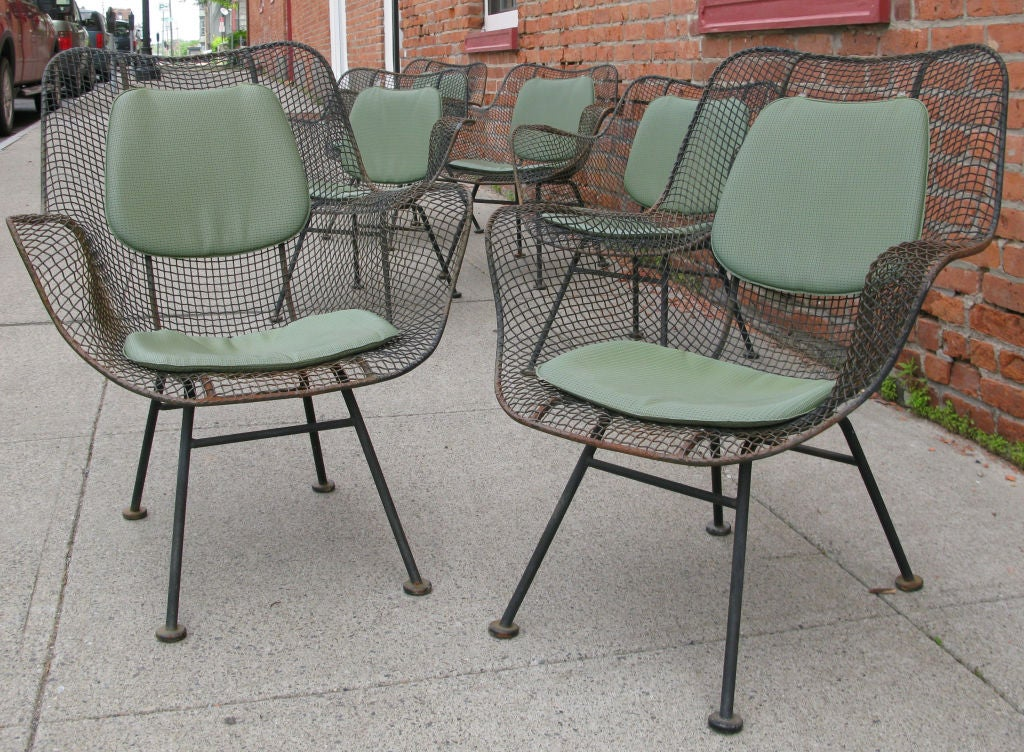 Russell Woodard Sculptura Mesh Garden Chairs And Table At