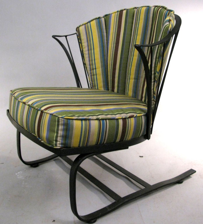 pair of wrought iron lounge chairs and ottoman by woodard at 1stdibs. Black Bedroom Furniture Sets. Home Design Ideas