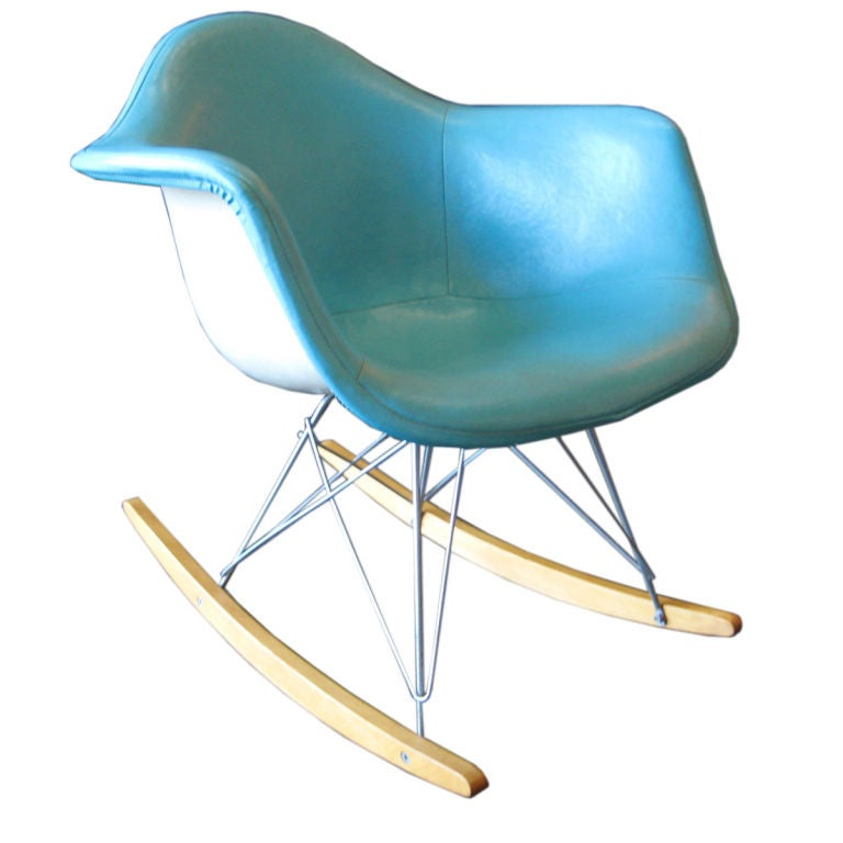 Early upholstered rocking chair by charles eames at 1stdibs for Fauteuil eames rocking chair