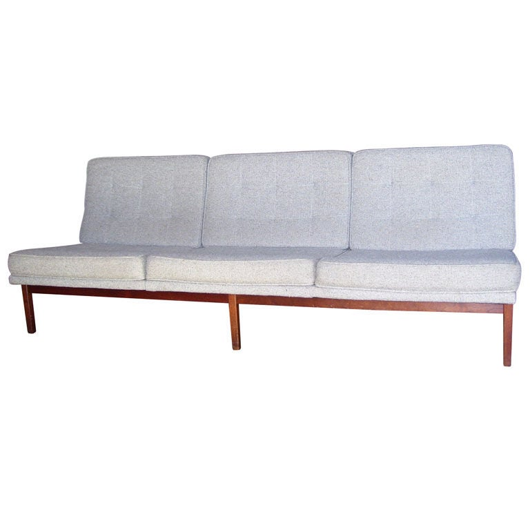 Florence Knoll Armless Sofa And Two Matching Chairs At 1stdibs