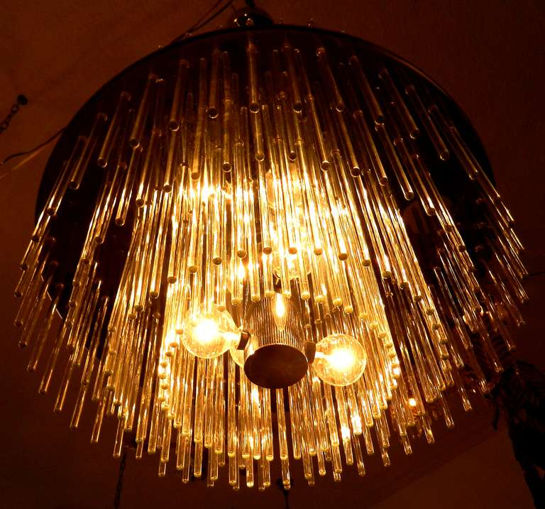 196 Glass Rod Chandelier by Lightolier In Good Condition For Sale In Miami, FL