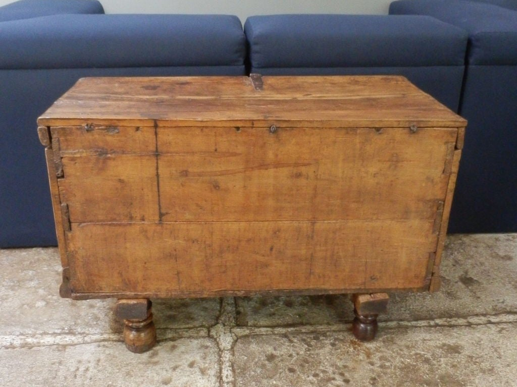 18th C. Spanish Colonial Trunk For Sale 2