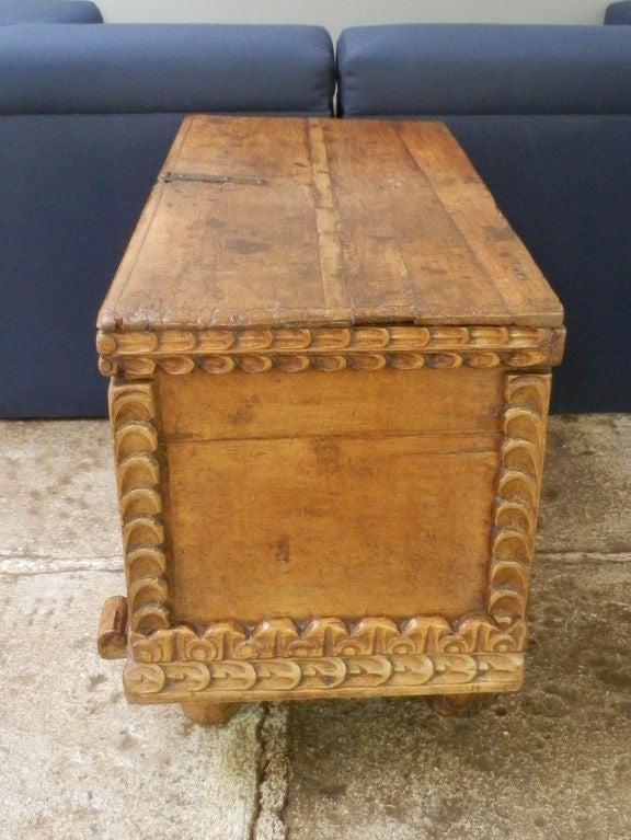 18th C. Spanish Colonial Trunk For Sale 3