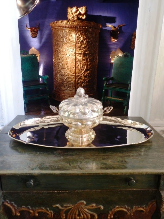 Large Oval Silver Tray In Excellent Condition For Sale In Nogales, AZ