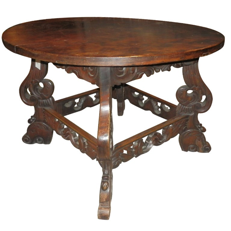 Late spanish colonial round wooden eagle table for sale at for Table in spanish
