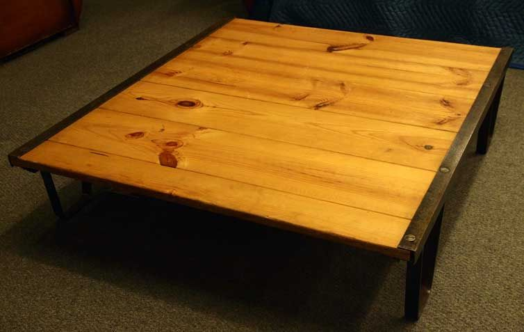 Industrial 39 Railroad Pallet 39 Coffee Table For Sale At 1stdibs