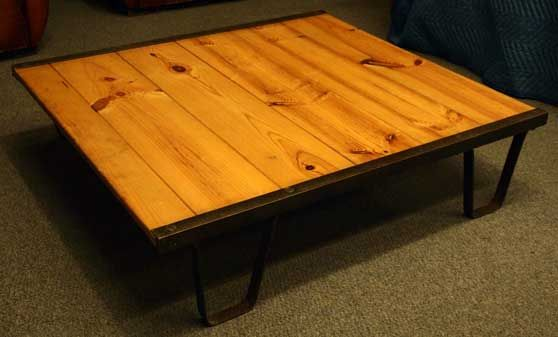 Industrial 'Railroad Pallet' Coffee Table 4