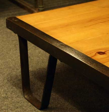 Industrial 'Railroad Pallet' Coffee Table 5