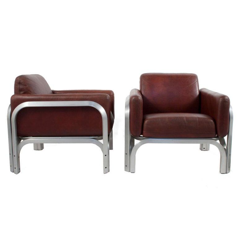 Pair of Leather Lounge Chairs by Jorn Utzen at 1stdibs