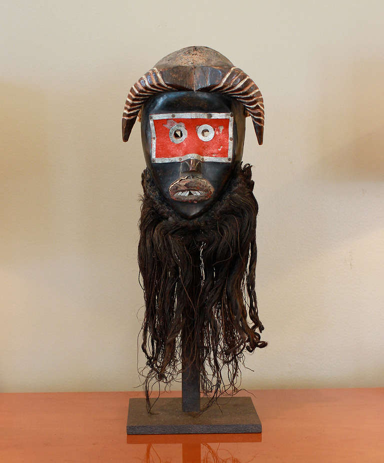 Museum Quality Dan Toura African Mask In Good Condition For Sale In Los Angeles, CA