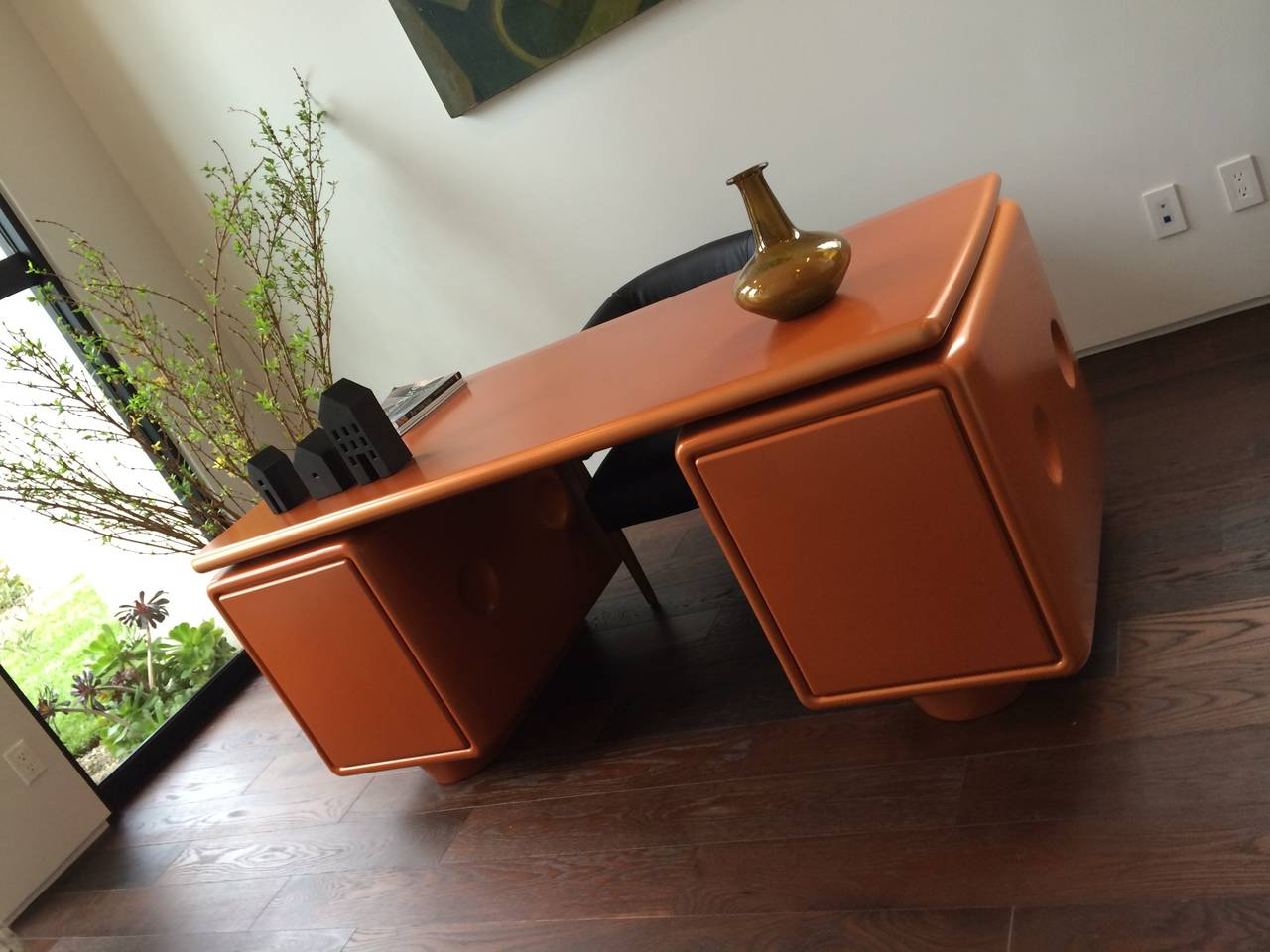 Ernest IGL Jet Desk Used in Men in Black III, Limited Edition For Sale 1