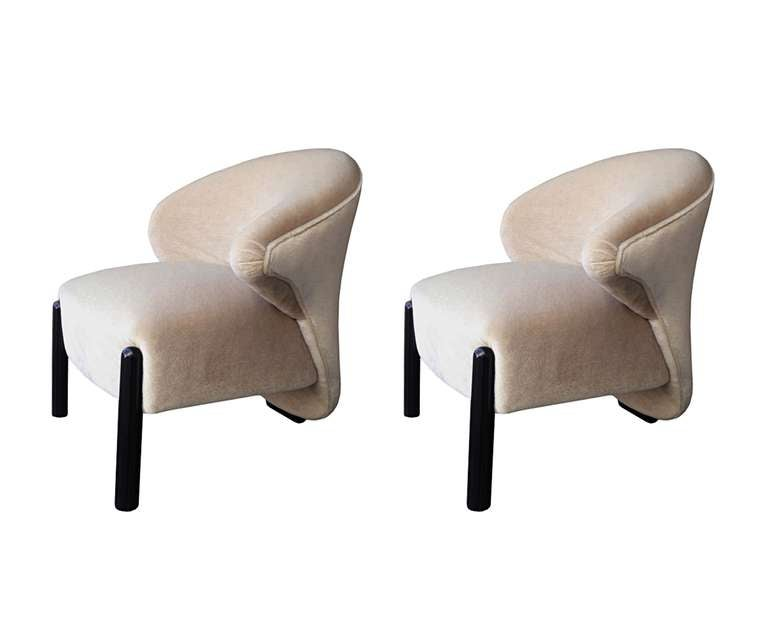 Pair Of Quot Calla Lily Quot Chairs In The Style Of Saporiti At