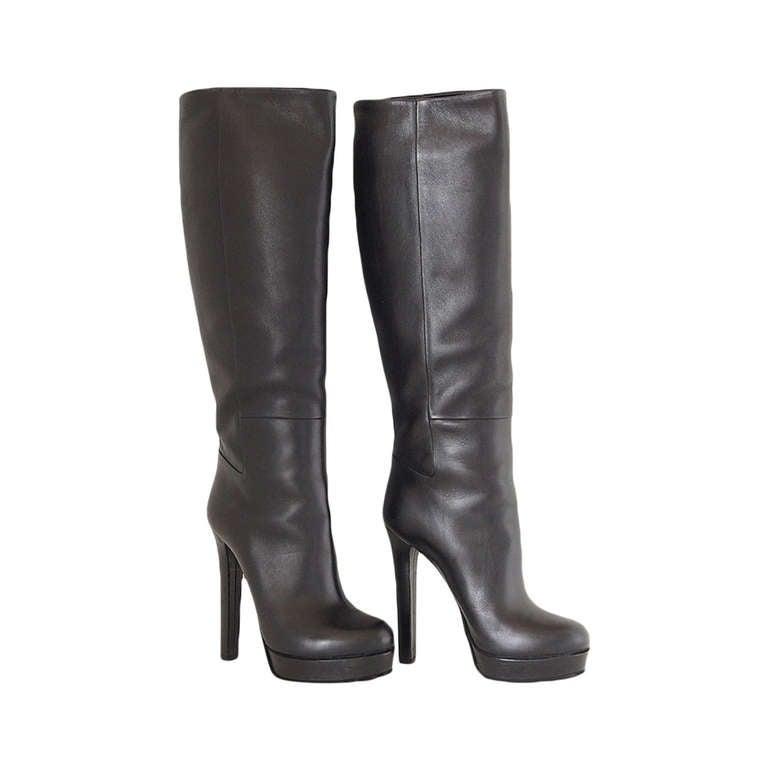 GUCCI boot sleek platform knee high black leather  38 1/2  8.5  mint 1