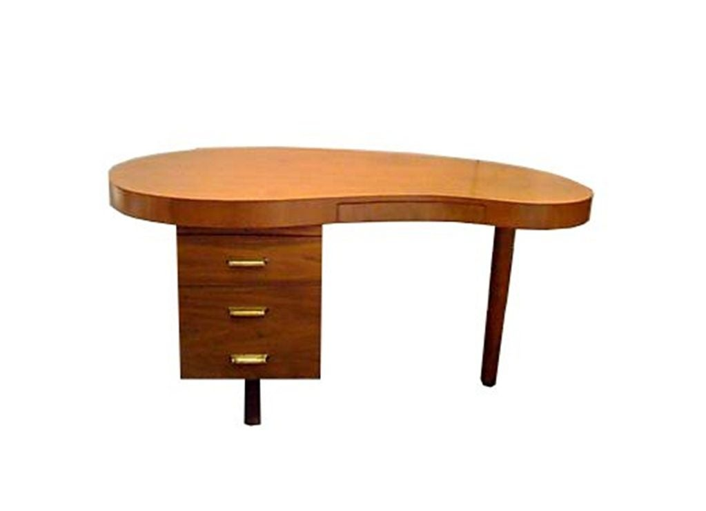 1940 39 S Kidney Shaped Desk By Gilbert Rohde At 1stdibs