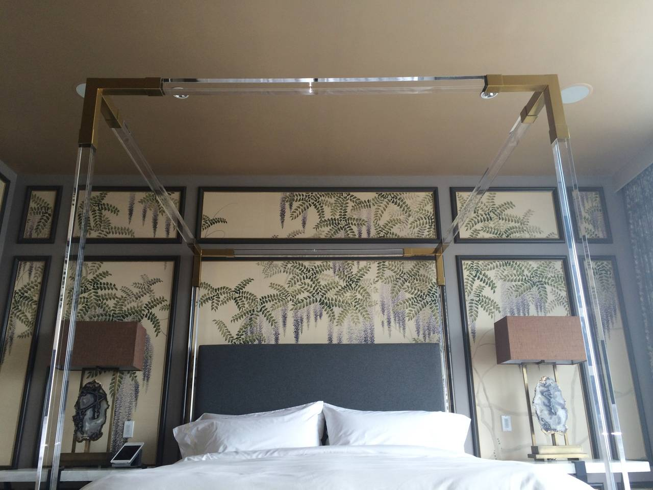 Mid-20th Century Brass and Lucite King-Size Bed by Charles Hollis Jones For Sale