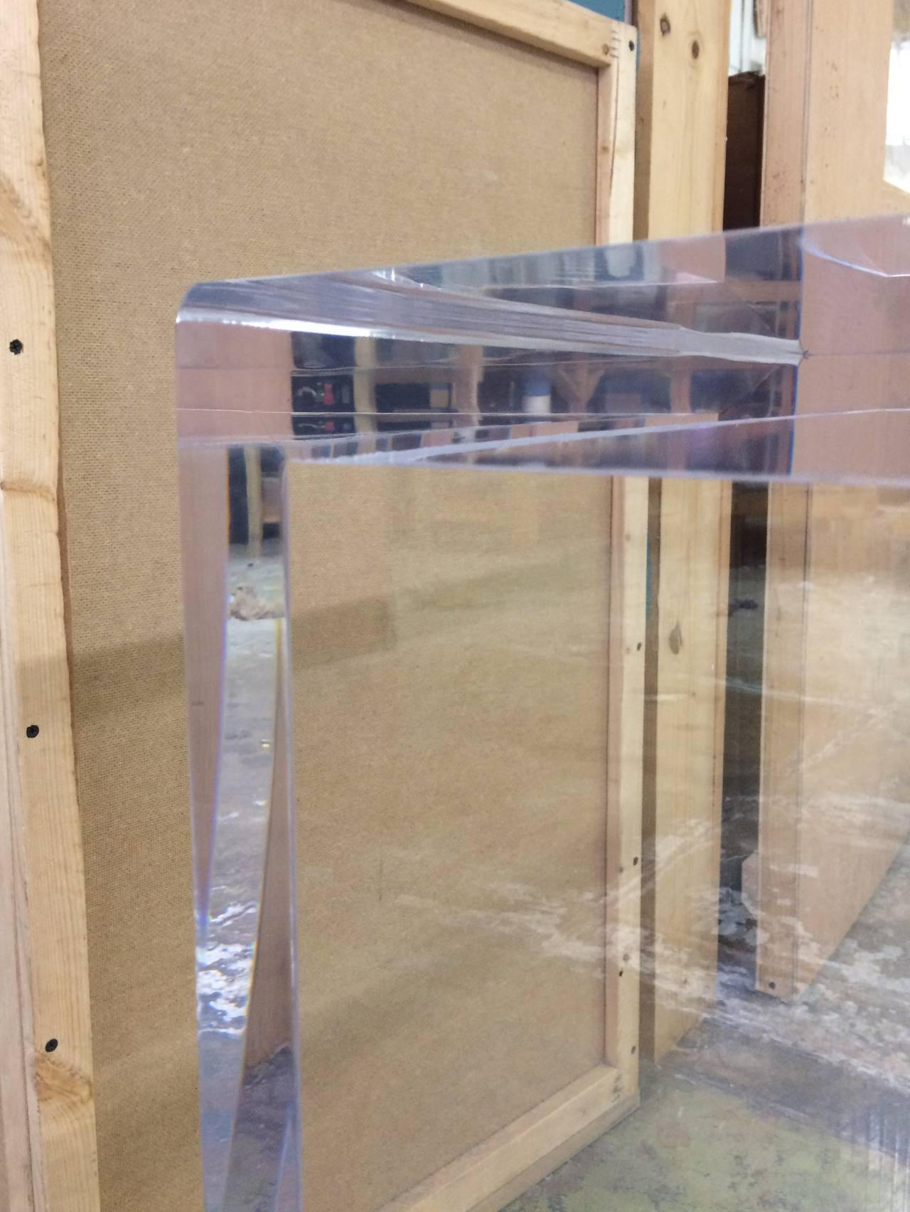 Beautiful Lucite Console Table by Cain Modern In Good Condition For Sale In Los Angeles, CA