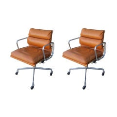 Charles & Ray Eames Soft Pad Desk Chair Swivel & Tilt
