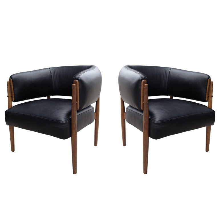 Pair of Black Leather Chairs from France For Sale at 1stdibs
