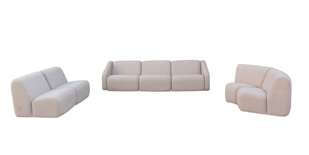 American 7 Piece Tappo Seating Unit By Vecta Contract For Sale