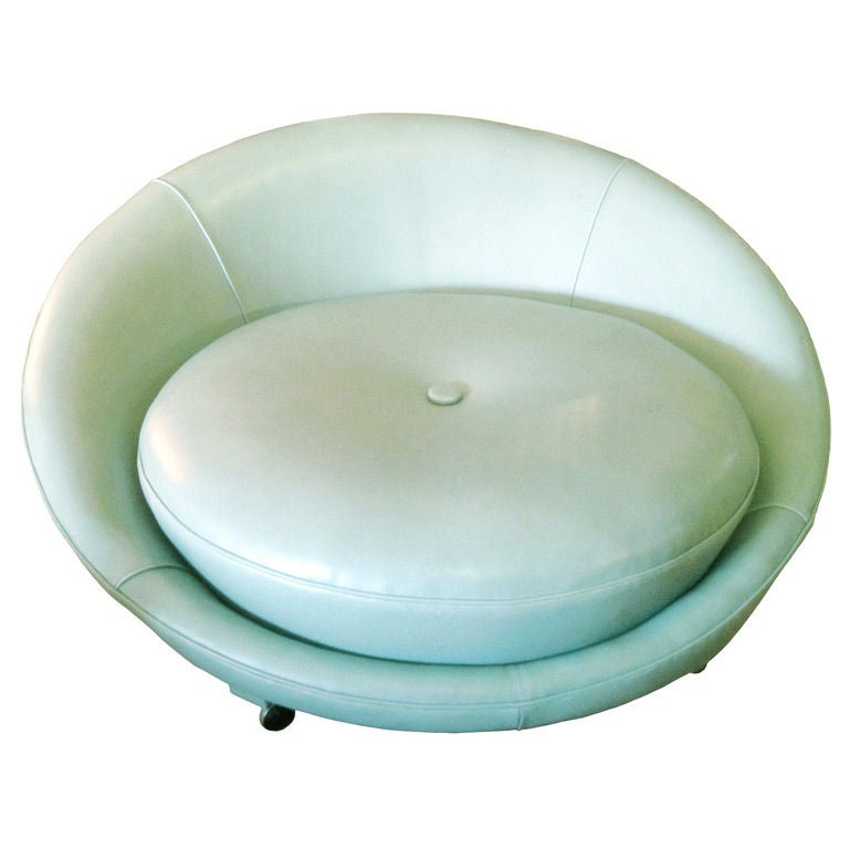 5ft Round Lounge Chair on Casters by Milo Baughman at 1stdibs