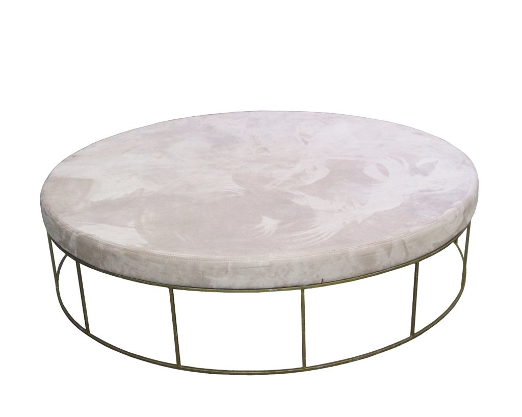 5ft Round Loveseat Ottoman At 1stdibs