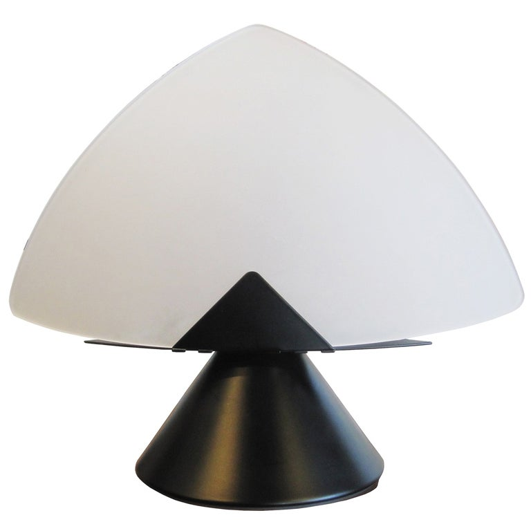 f fabbian triangle table lamp with frosted glass shade at. Black Bedroom Furniture Sets. Home Design Ideas