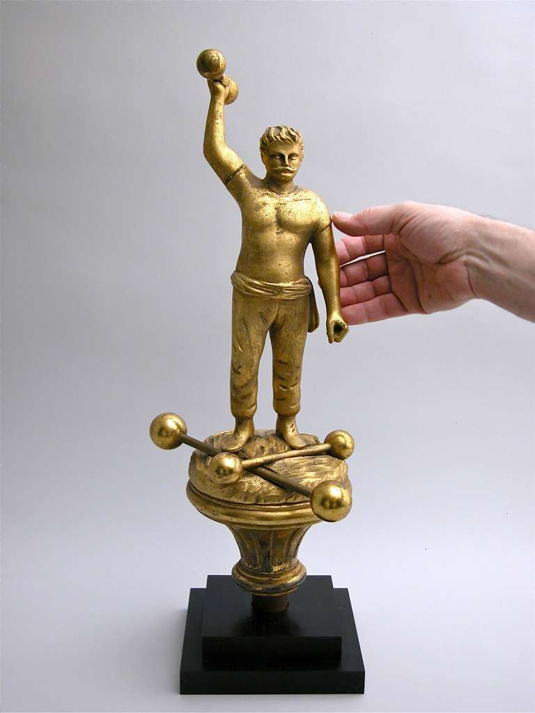 Figural Parade Finial In Excellent Condition For Sale In New York, NY