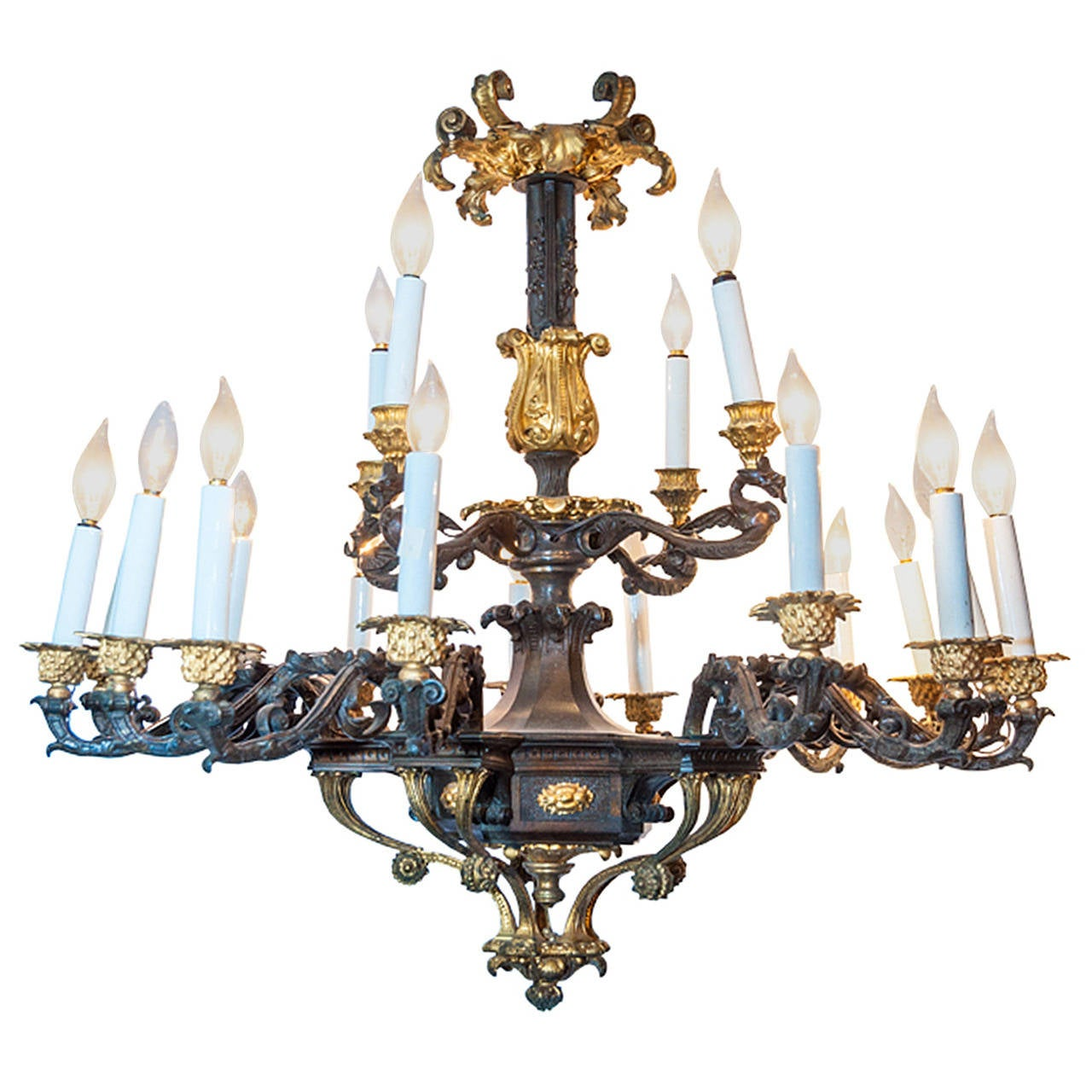 French Two-Toned Bronze Louis XIV Style Nineteen-Light Chandelier