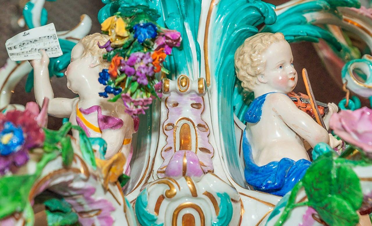 Two tier meissen porcelain chandelier with birds and flower two tier meissen porcelain chandelier with birds and flower decorations 3 arubaitofo Gallery