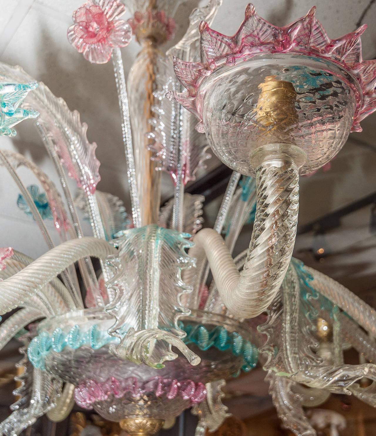 Italian Very Large Venetian Murano Glass Ten Light Opalescent Chandelier For