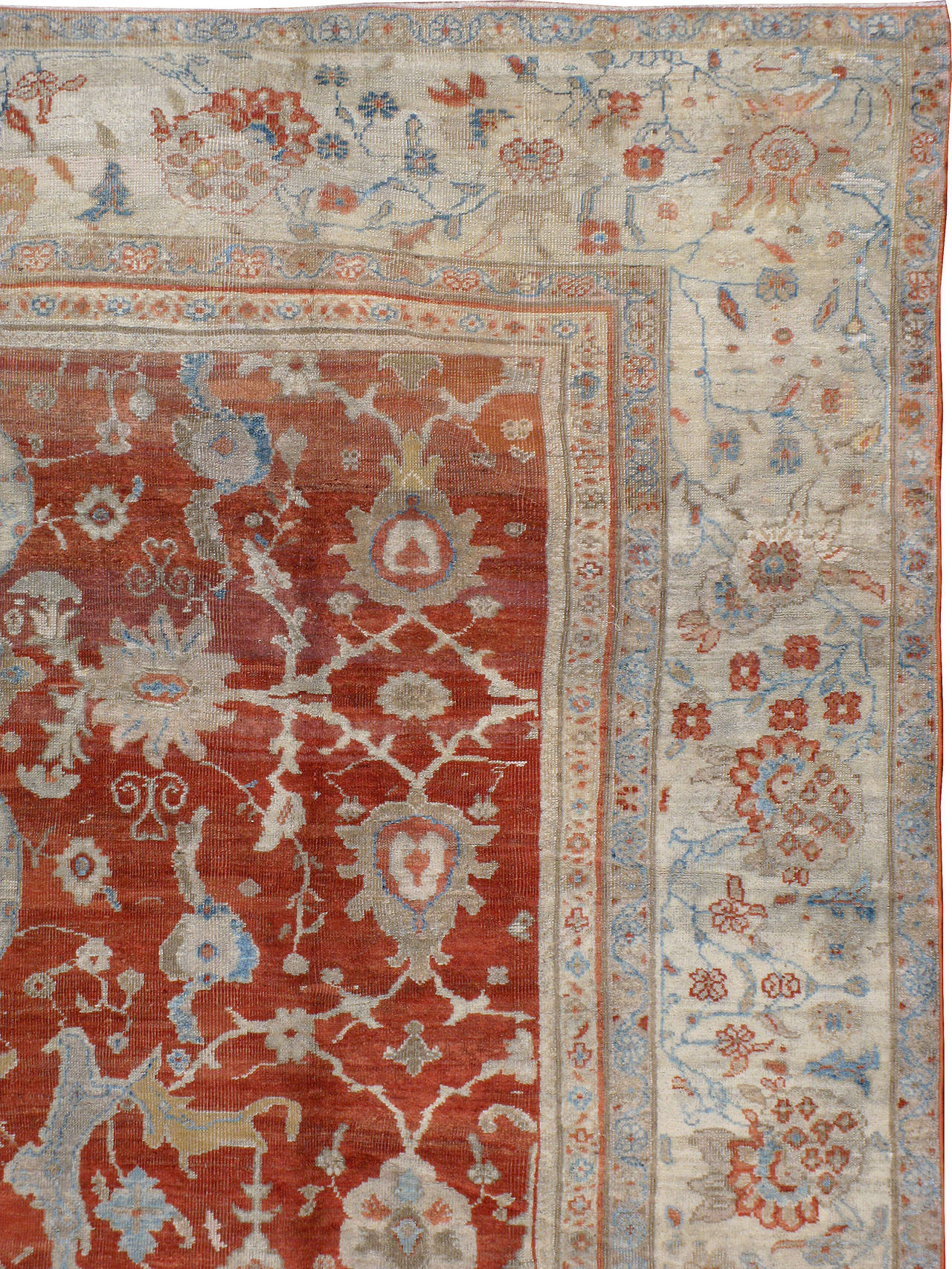 Antique Persian Sultanabad Rug In Fair Condition For Sale In New York, NY