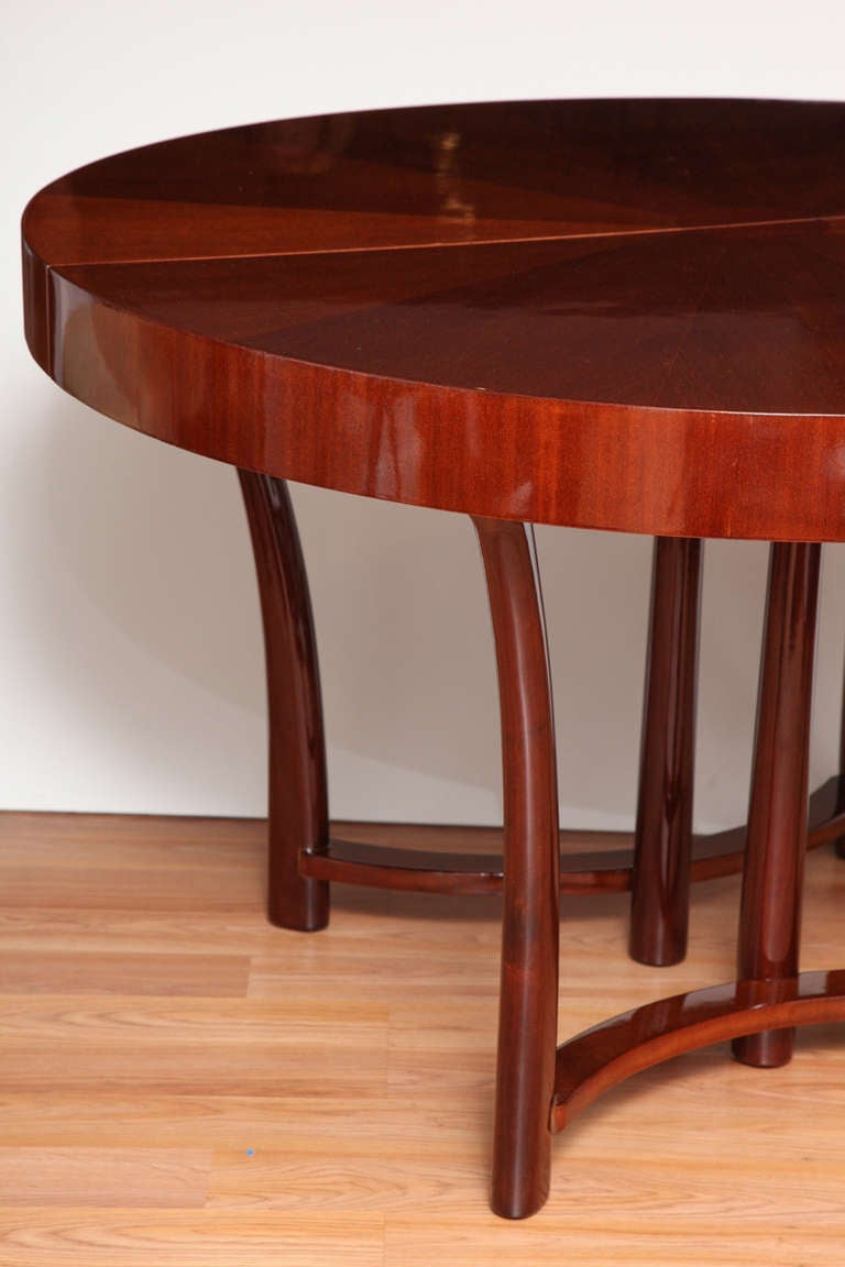 round widdicomb dining table designed in 1938 for sale at 1stdibs. Black Bedroom Furniture Sets. Home Design Ideas