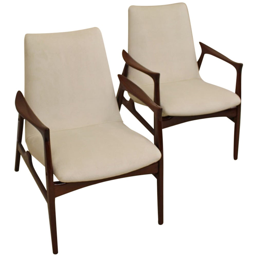 Pair Of Mid Century Danish Modern Chairs For Sale At 1stdibs