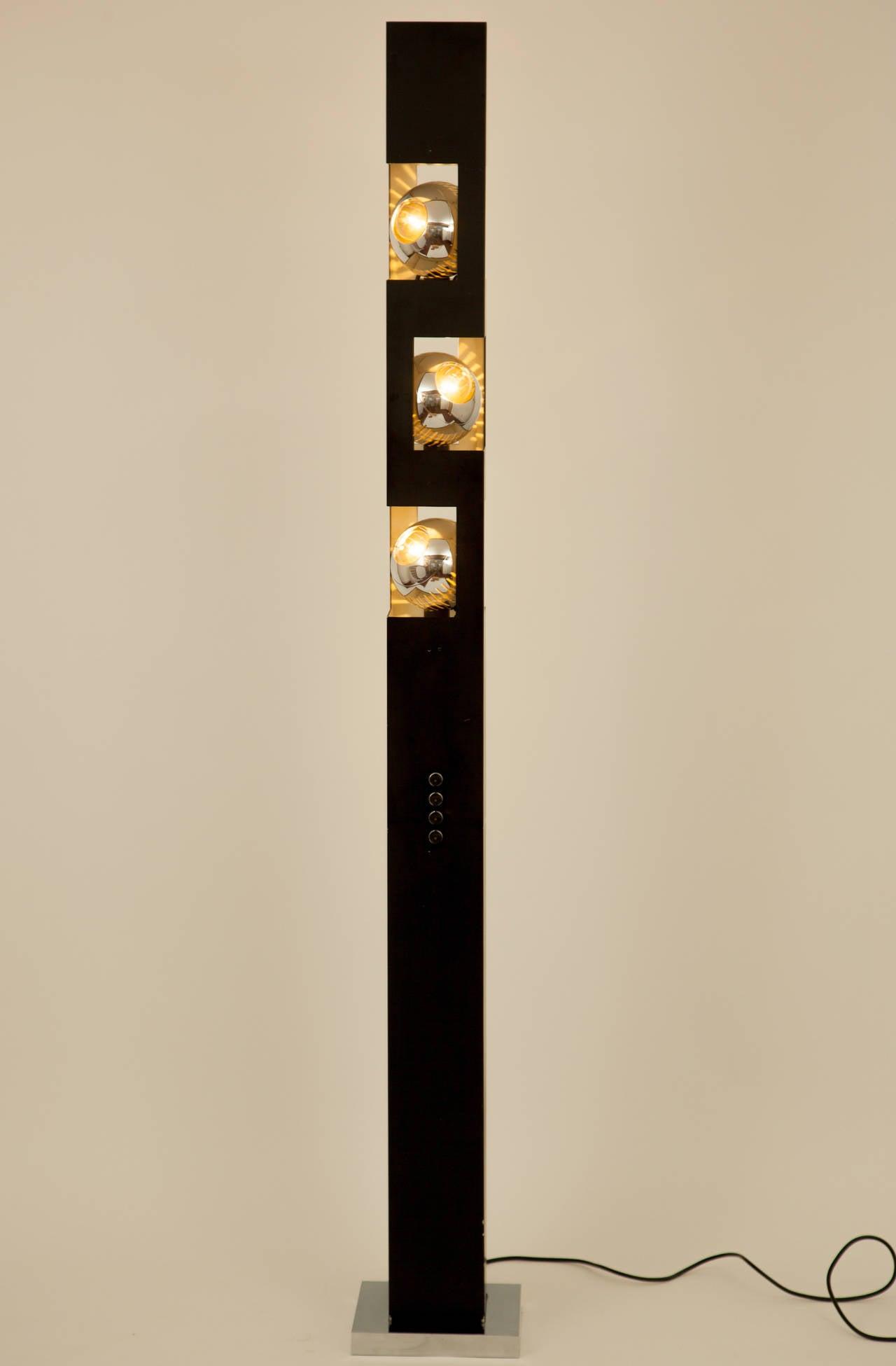 Rare angelo lelli for arredoluce triple eyeball floor lamp for Arredo luce