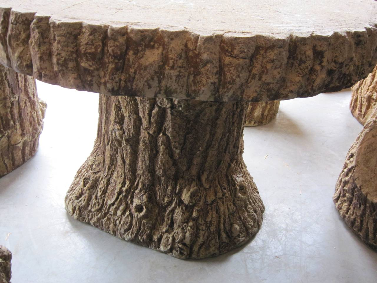 Faux Bois Garden Stone Set, Table and Four Stools In Excellent Condition For Sale In Austin, TX
