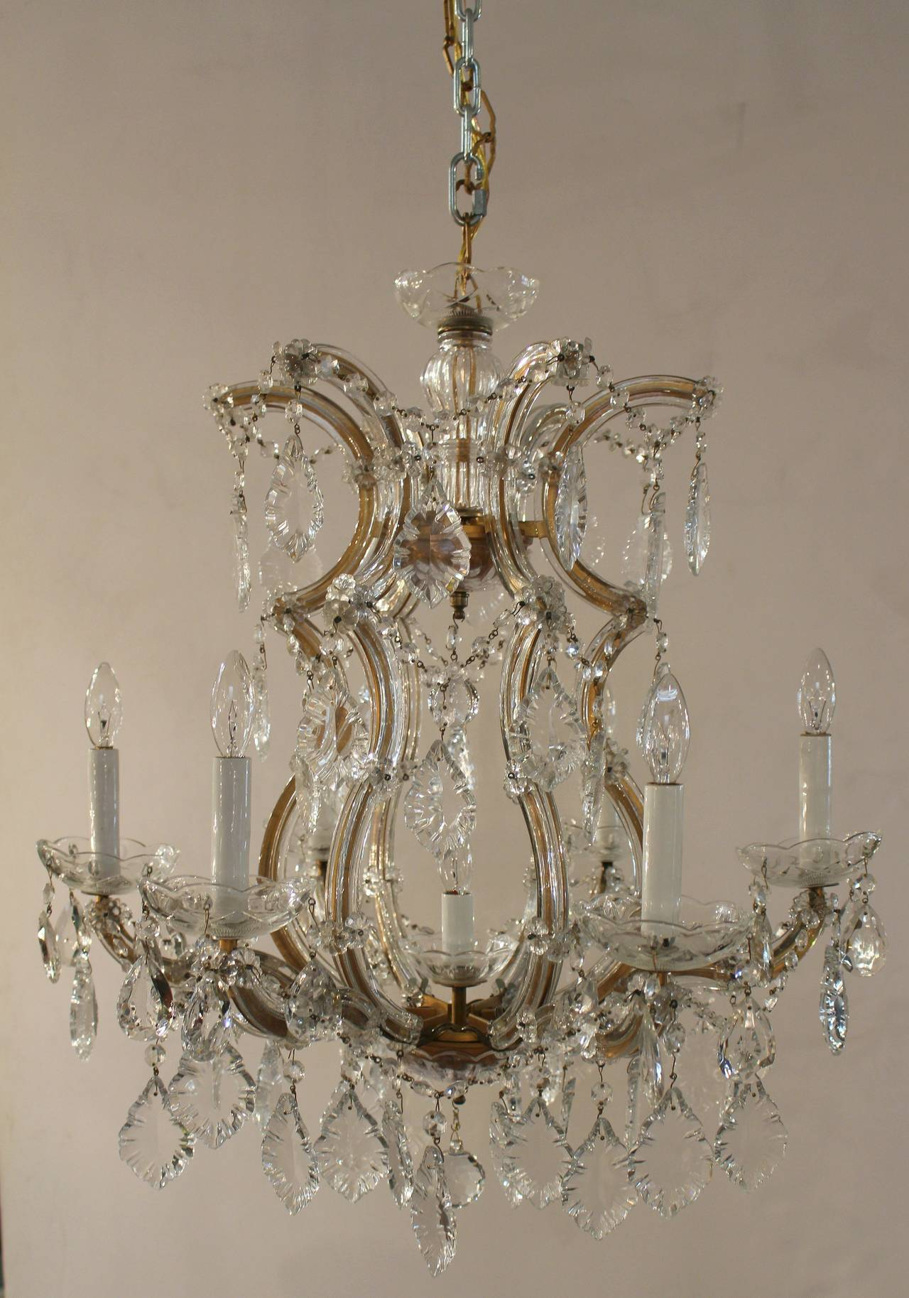 A lovely Maria Theresa seven light chandelier or