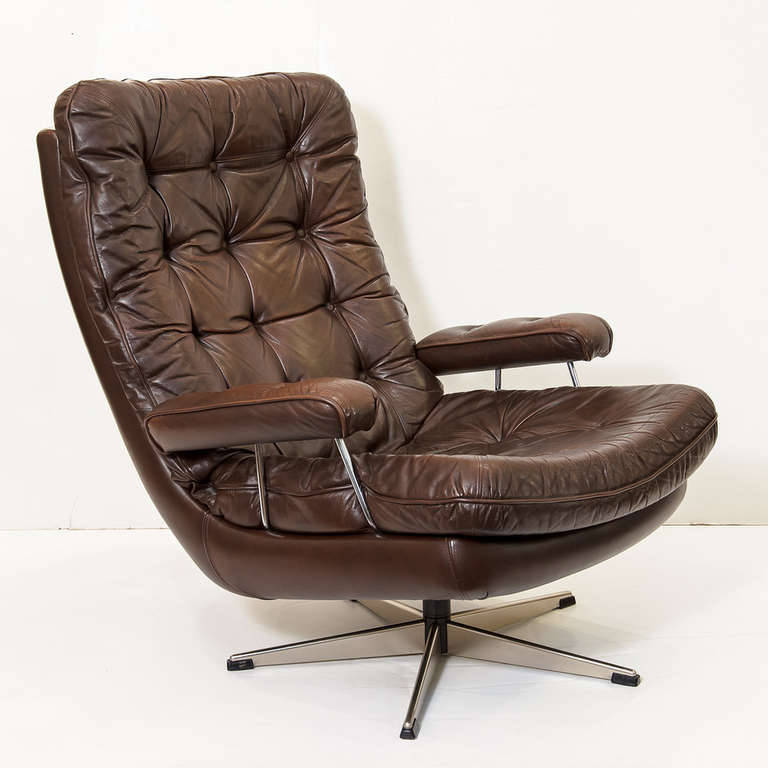 Danish swivel lounge chair of tufted leather one available image 2