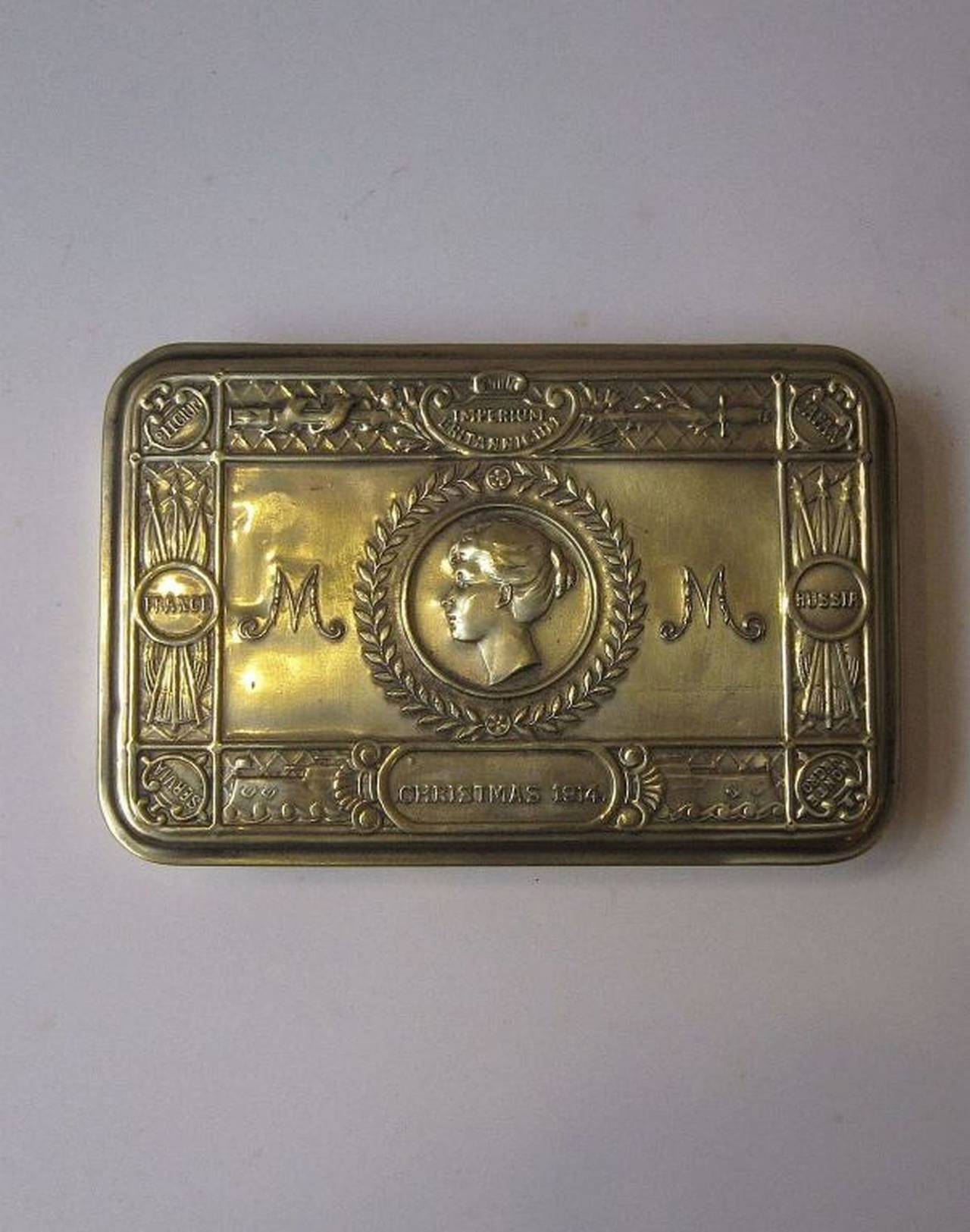 Early 20th Century Princess Mary Box, WWI Era, Christmas, 1914 For Sale