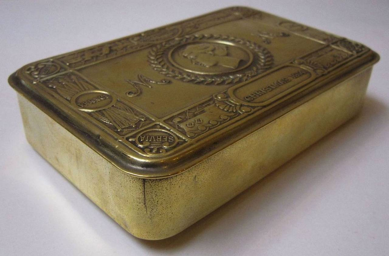 English Princess Mary Box, WWI Era, Christmas, 1914 For Sale