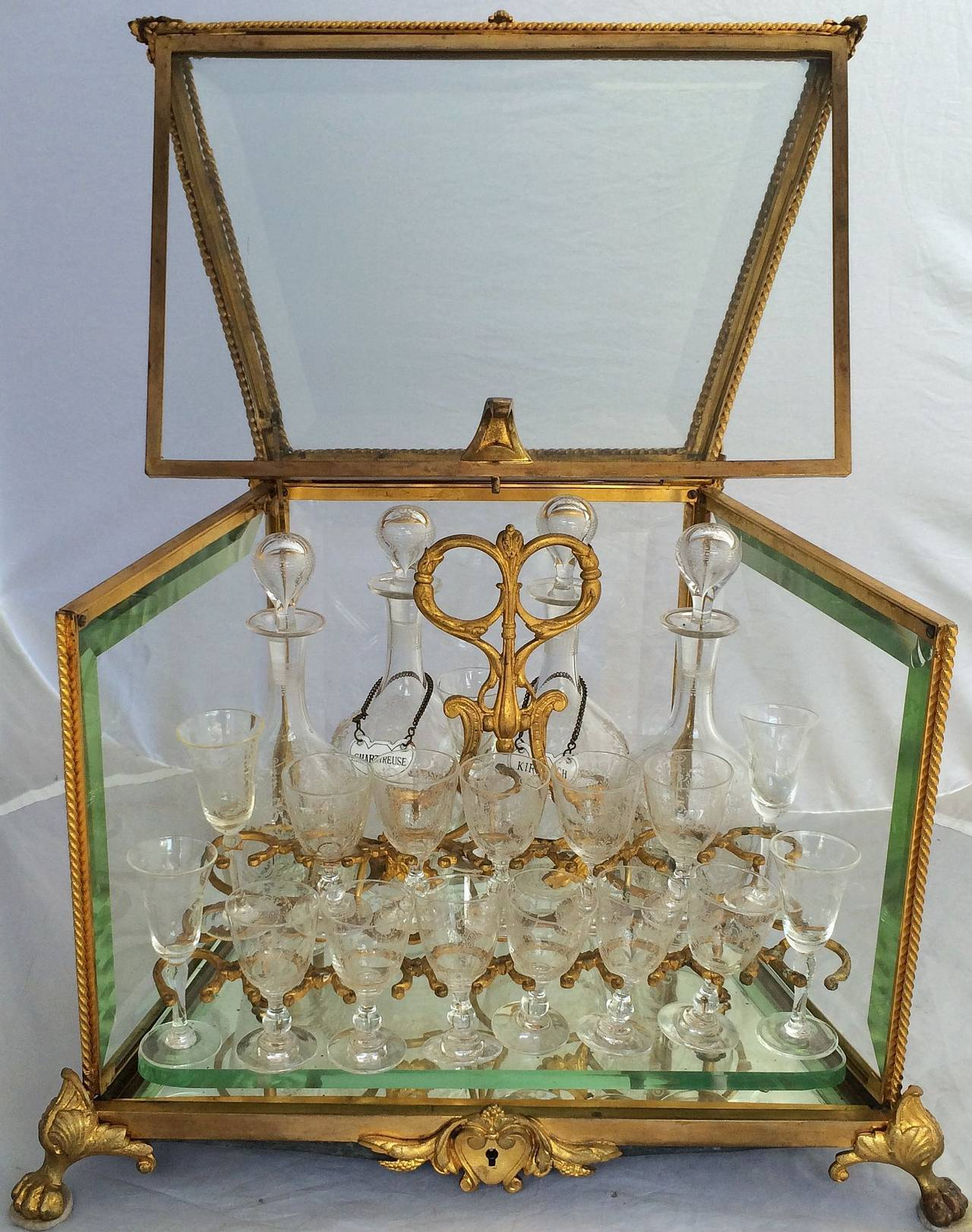 French Tantalus Drinks Set of Gilt Bronze In Excellent Condition For Sale In Austin, TX