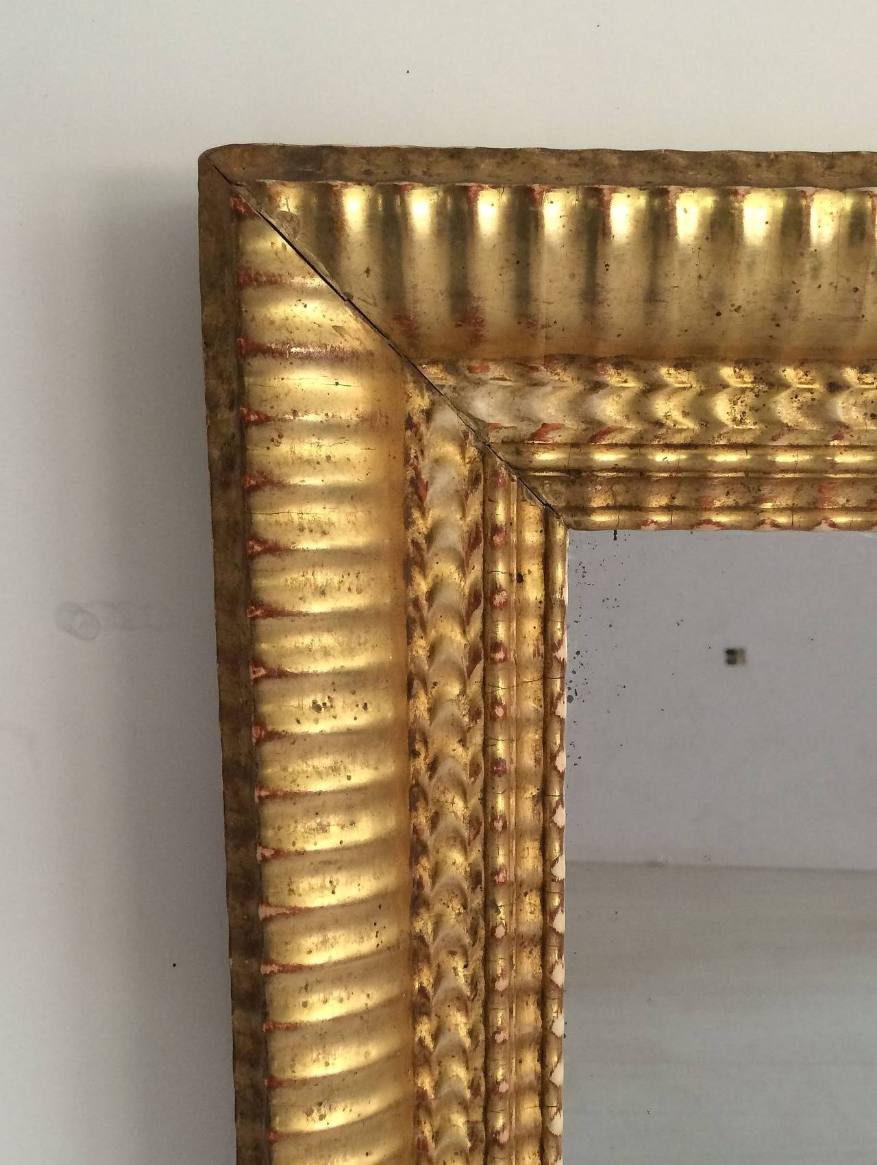 French Gilt Rectangular Wall Mirror (38 x 32) In Excellent Condition For Sale In Austin, TX