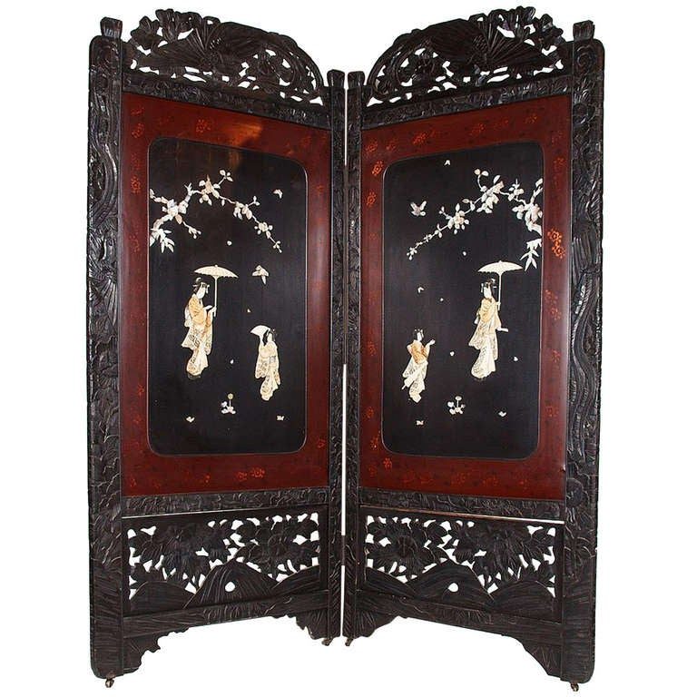 Mother Of Pearl Inlay Wooden Mini Folding Screen Asian: 19th C. Asian Two-Fold Lacquered Screen For Sale At 1stdibs