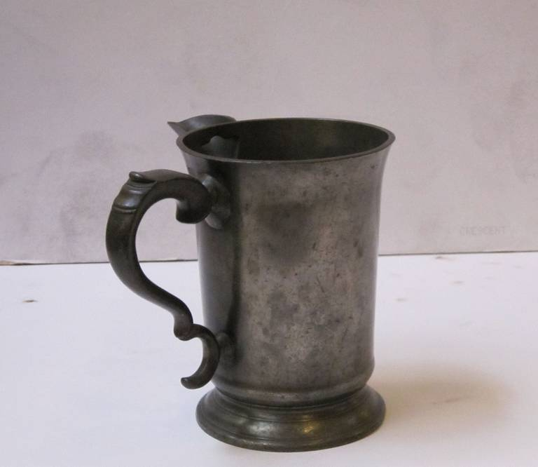 19th Century English Pewter Tankard or Flagon For Sale