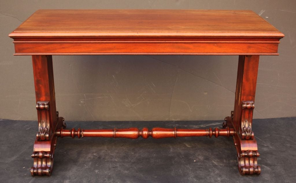English Telescoping Buffet Server or Table in Mahogany For Sale 2
