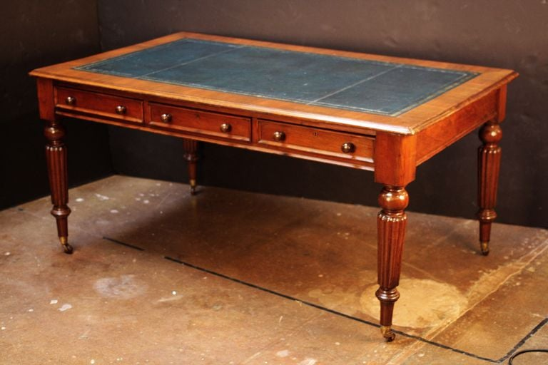 English Partner's Writing Desk or Library Table with Leather Top 2 - English Partner's Writing Desk Or Library Table With Leather Top