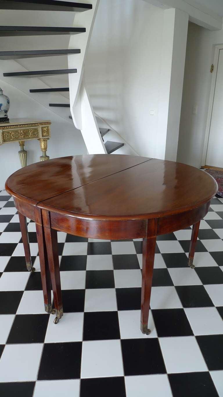 English Mahogany Dining Table For Sale At 1stdibs