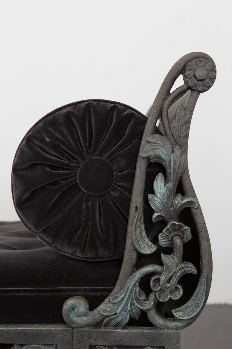 Daybed French Rococo Style Cast Iron France In Good Condition For Sale In New York, NY